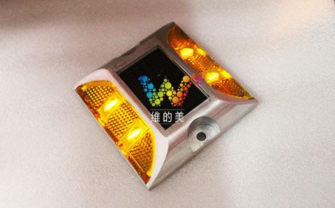 太阳能双面4灯警示灯1